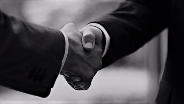 Unternehmen Verkaufen Handshake