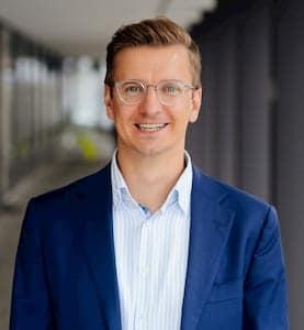 Management Buy-in Björn Stressenreuter